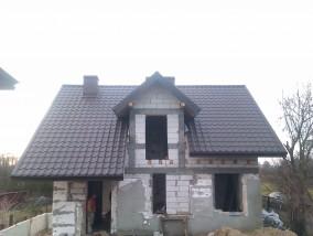 Pokrycie dachu blachodachówką cena robocizny