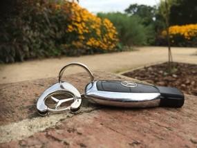 Dorabianie kluczy do pojazdów