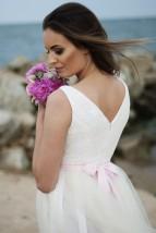 Szycie miarowe, przeróbki krawieckie, suknie ślubne na wymiar,sukienki