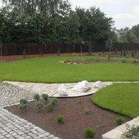 Zakładanie oraz pielęgnacja trawników