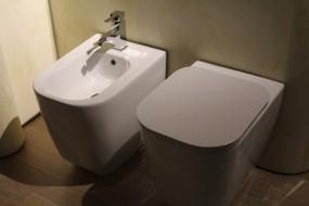 Montaż aramatury łazienkowej