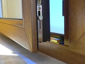 Montaż drzwi i okien