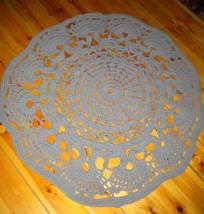 Dywan ręcznie robiony na szydełku