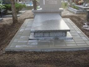 Naprawa pomników