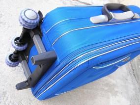 wymiana stopek w walizkach i torach podróżnych