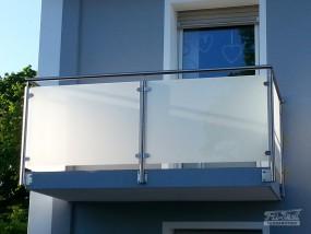Wykonanie barierki okrągłej ze stali nierdzewnej na balkon